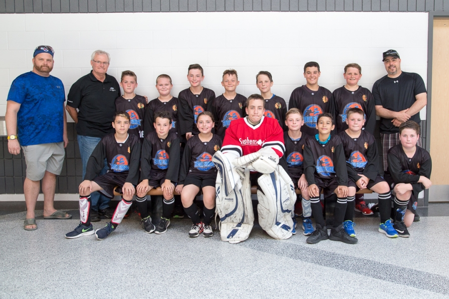 04-Atom-Blackhawks